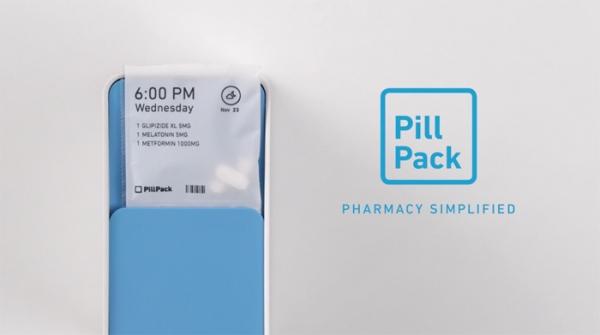 파란색 상자에 시간대별로 복용해야 하는 약을 조제해 배송한다. PillPack 홈페이지.
